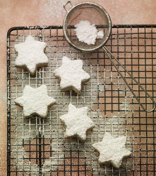 Kourambiedes Greek Christmas Cookies